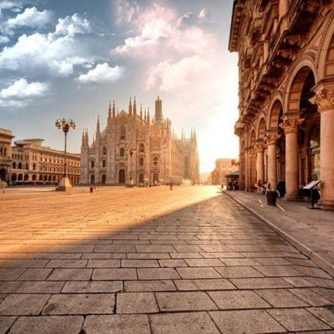 Scoprire la città con il noleggio furgoni a Milano: itinerari classici e insoliti